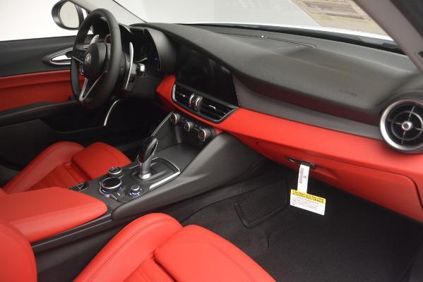 New 2019 Alfa Romeo Giulia Ti Sport Q4 for sale Sold at Maserati of Greenwich in Greenwich CT 06830 22