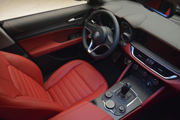 New 2019 Alfa Romeo Stelvio Ti Lusso Q4 for sale Sold at Maserati of Greenwich in Greenwich CT 06830 15