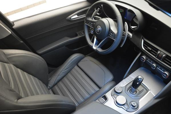 New 2019 Alfa Romeo Giulia Ti Sport Q4 for sale Sold at Maserati of Greenwich in Greenwich CT 06830 17