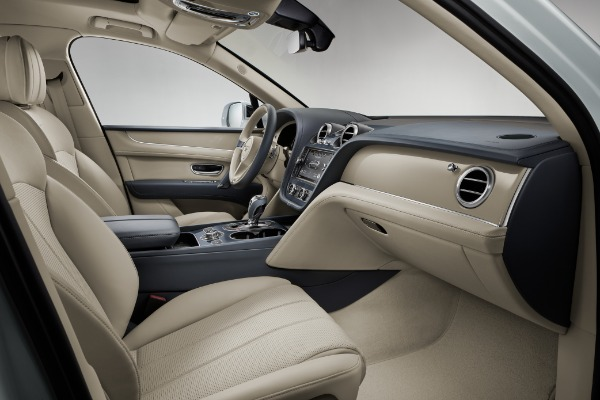 New 2020 Bentley Bentayga Hybrid for sale Sold at Maserati of Greenwich in Greenwich CT 06830 8