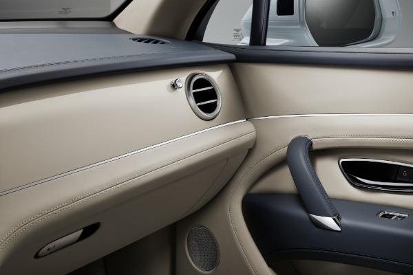 New 2020 Bentley Bentayga Hybrid for sale Sold at Maserati of Greenwich in Greenwich CT 06830 9