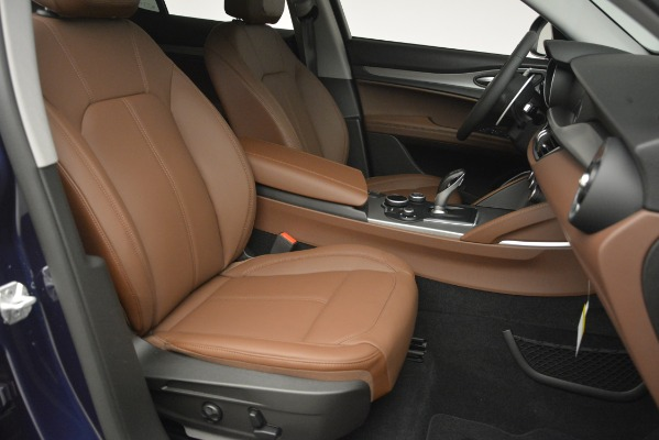 New 2019 Alfa Romeo Stelvio Sport Q4 for sale Sold at Maserati of Greenwich in Greenwich CT 06830 24
