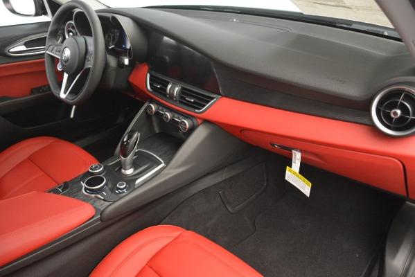 New 2019 Alfa Romeo Giulia Q4 for sale Sold at Maserati of Greenwich in Greenwich CT 06830 22