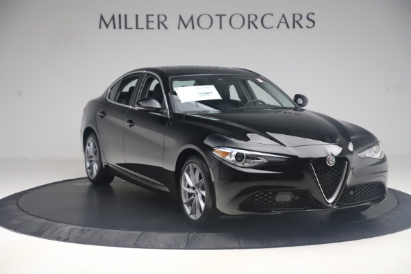 New 2019 Alfa Romeo Giulia Q4 for sale $46,140 at Maserati of Greenwich in Greenwich CT 06830 11
