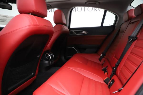 New 2019 Alfa Romeo Giulia Ti Sport Q4 for sale Sold at Maserati of Greenwich in Greenwich CT 06830 19
