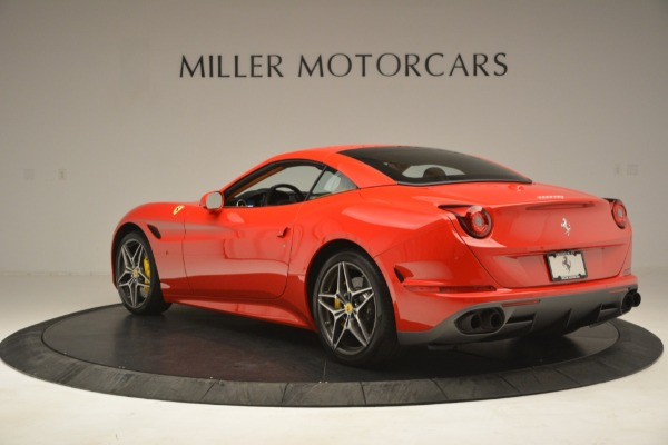 Used 2017 Ferrari California T Handling Speciale for sale $174,900 at Maserati of Greenwich in Greenwich CT 06830 15