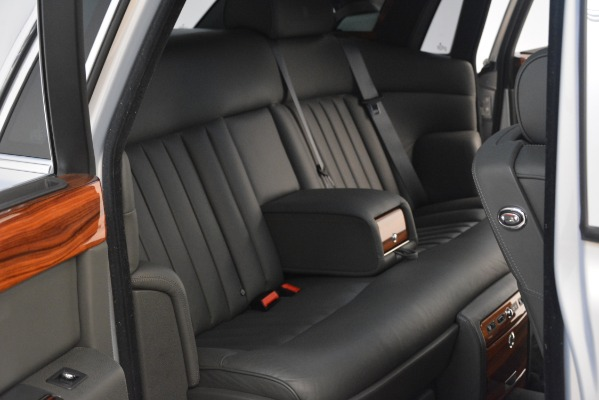 Used 2007 Rolls-Royce Phantom for sale Sold at Maserati of Greenwich in Greenwich CT 06830 25
