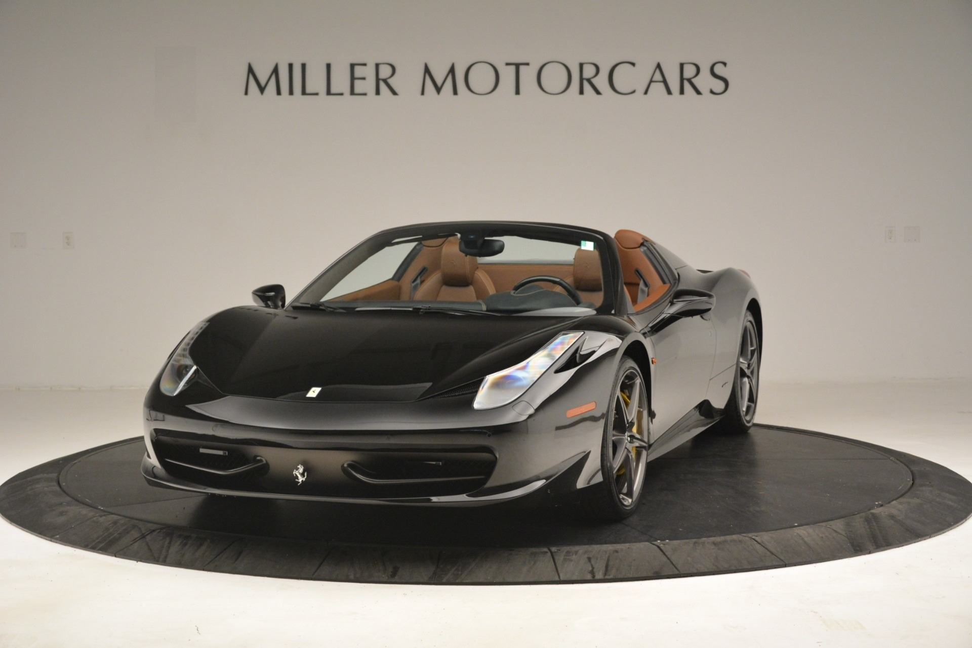 Used 2013 Ferrari 458 Spider for sale $235,900 at Maserati of Greenwich in Greenwich CT 06830 1