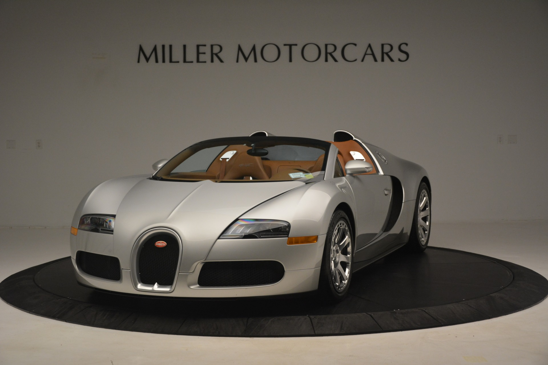 Used 2010 Bugatti Veyron 16.4 Grand Sport for sale Sold at Maserati of Greenwich in Greenwich CT 06830 1