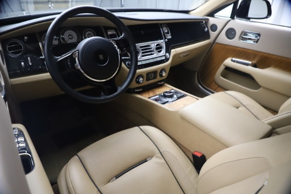 Used 2015 Rolls-Royce Wraith for sale $199,900 at Maserati of Greenwich in Greenwich CT 06830 19