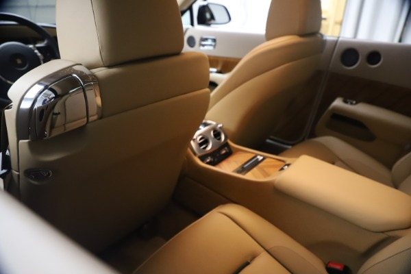 Used 2015 Rolls-Royce Wraith for sale $199,900 at Maserati of Greenwich in Greenwich CT 06830 23