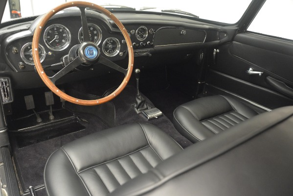 Used 1961 Aston Martin DB4 Series IV Coupe for sale $625,900 at Maserati of Greenwich in Greenwich CT 06830 21