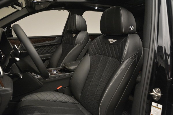 Used 2017 Bentley Bentayga W12 for sale Sold at Maserati of Greenwich in Greenwich CT 06830 18