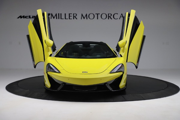 New 2019 McLaren 570S SPIDER Convertible for sale $227,660 at Maserati of Greenwich in Greenwich CT 06830 17