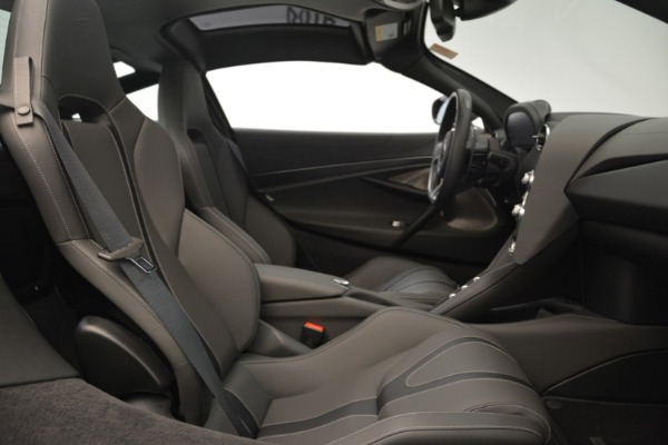 Used 2018 McLaren 720S for sale $269,900 at Maserati of Greenwich in Greenwich CT 06830 18
