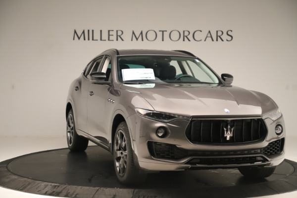 New 2019 Maserati Levante Q4 Nerissimo for sale $89,850 at Maserati of Greenwich in Greenwich CT 06830 11