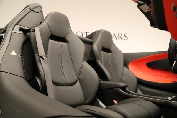 Used 2020 McLaren 600LT Spider for sale $249,900 at Maserati of Greenwich in Greenwich CT 06830 25