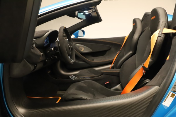 New 2020 McLaren 600LT SPIDER Convertible for sale $303,059 at Maserati of Greenwich in Greenwich CT 06830 28