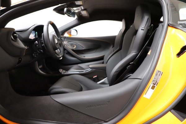 New 2019 McLaren 600LT Coupe for sale $279,310 at Maserati of Greenwich in Greenwich CT 06830 16