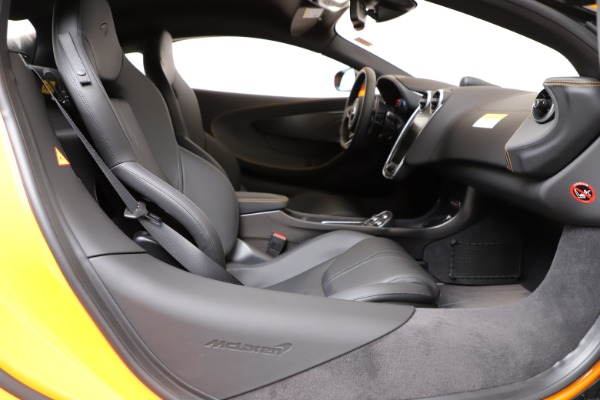 New 2019 McLaren 600LT for sale $279,310 at Maserati of Greenwich in Greenwich CT 06830 18