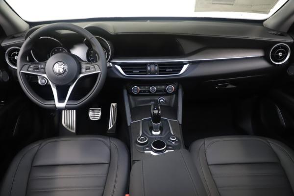 New 2019 Alfa Romeo Stelvio Ti Lusso Q4 for sale Sold at Maserati of Greenwich in Greenwich CT 06830 16