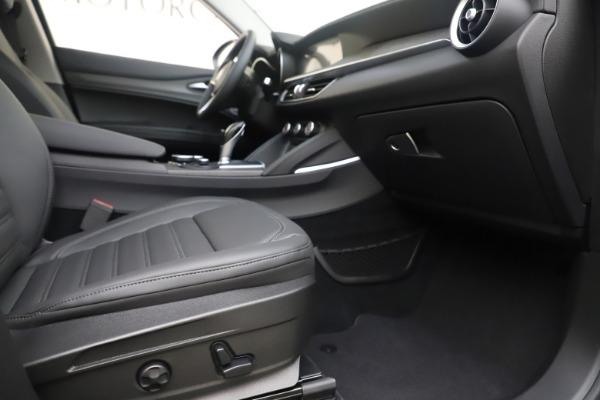 New 2019 Alfa Romeo Stelvio Ti Lusso Q4 for sale Sold at Maserati of Greenwich in Greenwich CT 06830 23