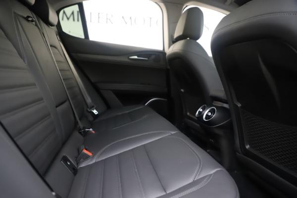 New 2019 Alfa Romeo Stelvio Ti Lusso Q4 for sale Sold at Maserati of Greenwich in Greenwich CT 06830 27