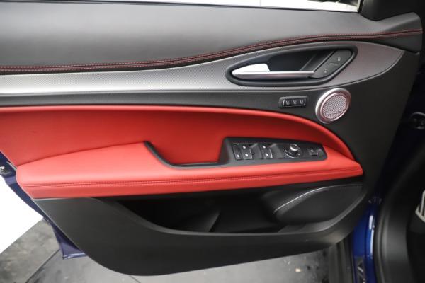 New 2019 Alfa Romeo Stelvio Ti Sport Q4 for sale $58,940 at Maserati of Greenwich in Greenwich CT 06830 17