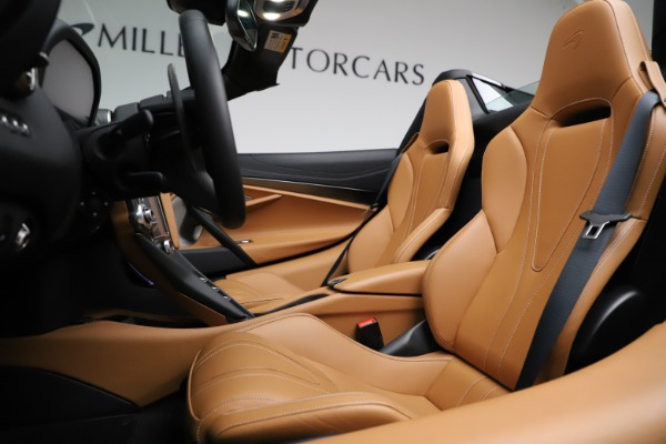 New 2020 McLaren 720S Spider Luxury for sale $374,830 at Maserati of Greenwich in Greenwich CT 06830 24
