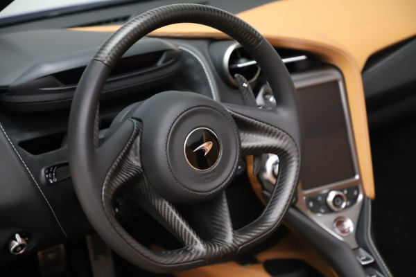 New 2020 McLaren 720S SPIDER Convertible for sale $374,830 at Maserati of Greenwich in Greenwich CT 06830 25