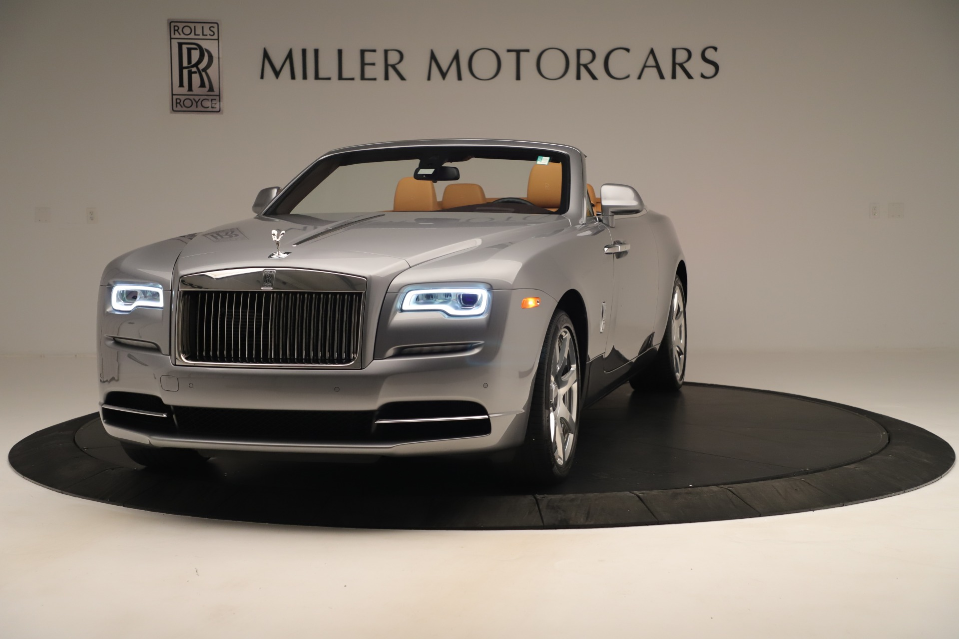 Used 2016 Rolls-Royce Dawn for sale Sold at Maserati of Greenwich in Greenwich CT 06830 1