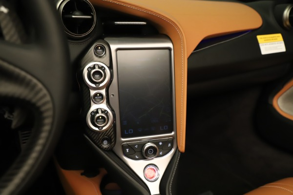 New 2020 McLaren 720S Spider for sale $372,250 at Maserati of Greenwich in Greenwich CT 06830 11
