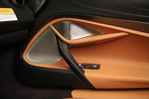 New 2020 McLaren 720S Spider for sale $372,250 at Maserati of Greenwich in Greenwich CT 06830 12