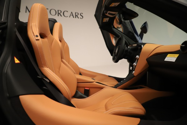 New 2020 McLaren 720S Spider for sale $372,250 at Maserati of Greenwich in Greenwich CT 06830 14