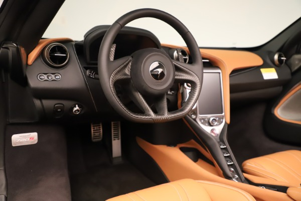 New 2020 McLaren 720S Spider Convertible for sale $372,250 at Maserati of Greenwich in Greenwich CT 06830 8