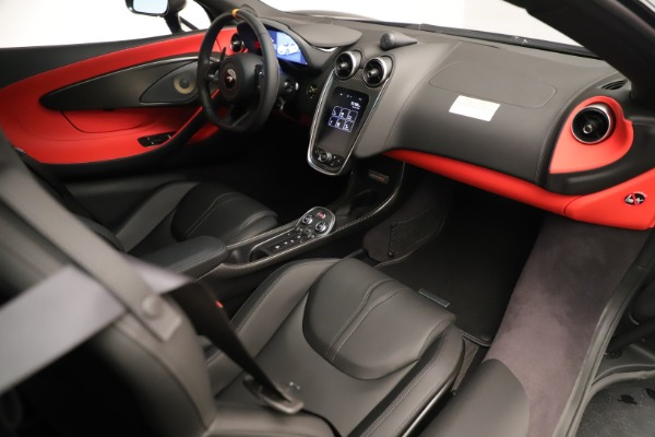 New 2019 McLaren 600LT Coupe for sale $278,790 at Maserati of Greenwich in Greenwich CT 06830 23