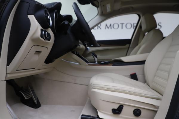 New 2019 Alfa Romeo Stelvio Ti Lusso Q4 for sale $54,790 at Maserati of Greenwich in Greenwich CT 06830 15