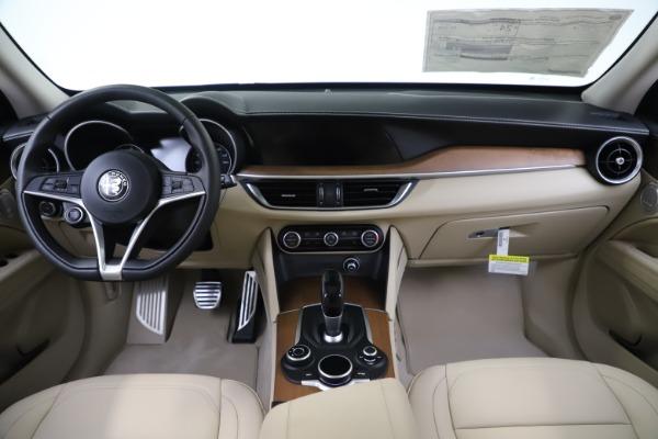 New 2019 Alfa Romeo Stelvio Ti Lusso Q4 for sale $54,790 at Maserati of Greenwich in Greenwich CT 06830 17