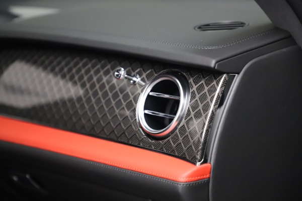 New 2020 Bentley Bentayga V8 Design Series for sale $218,535 at Maserati of Greenwich in Greenwich CT 06830 22