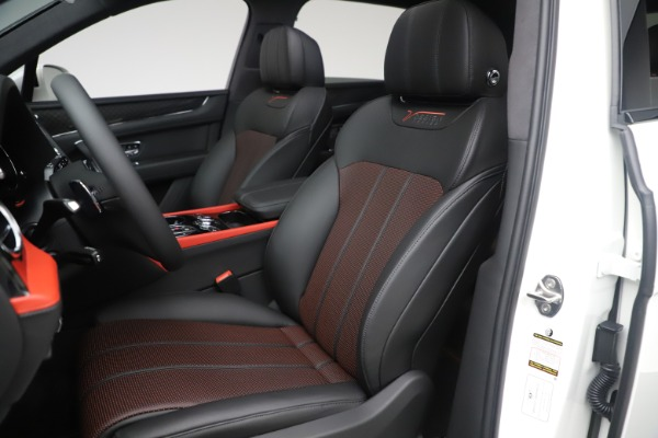 New 2020 Bentley Bentayga V8 Design Series for sale $218,535 at Maserati of Greenwich in Greenwich CT 06830 27