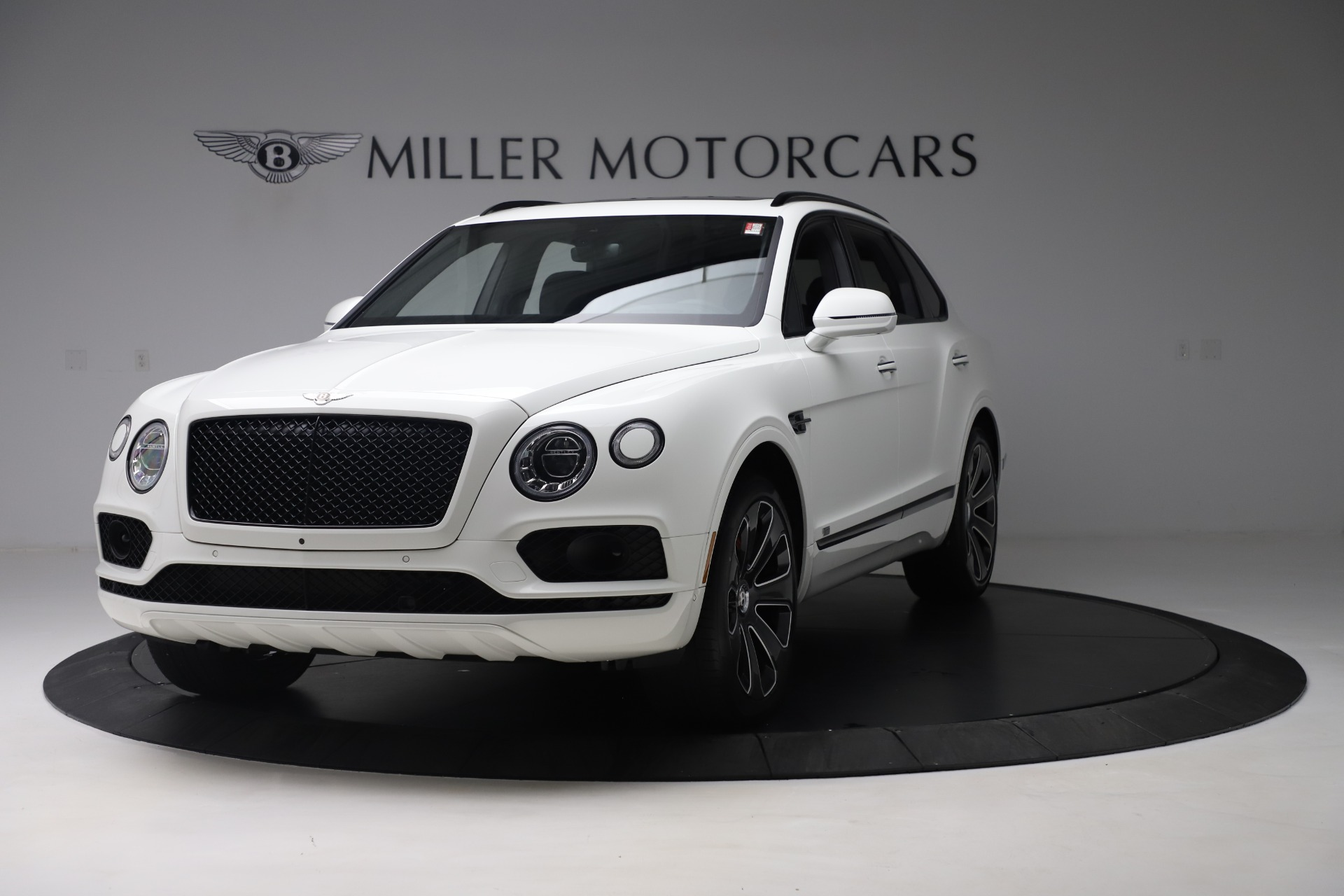 New 2020 Bentley Bentayga V8 Design Series for sale $218,535 at Maserati of Greenwich in Greenwich CT 06830 1