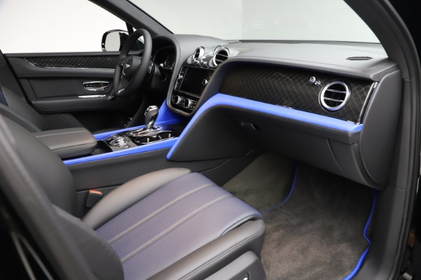 New 2020 Bentley Bentayga V8 Design Series for sale $216,860 at Maserati of Greenwich in Greenwich CT 06830 25