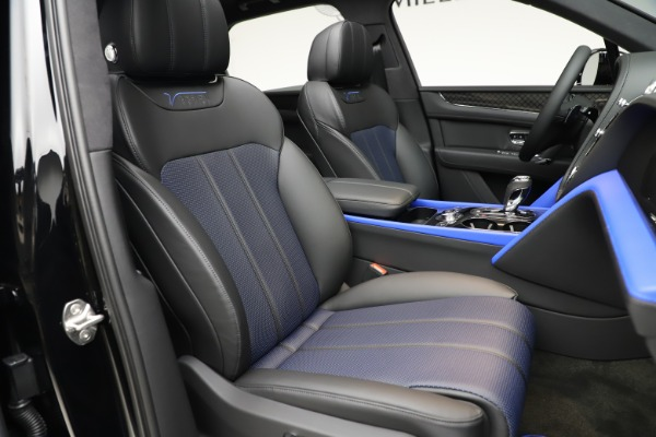 Used 2020 Bentley Bentayga V8 Design Series for sale $199,900 at Maserati of Greenwich in Greenwich CT 06830 27