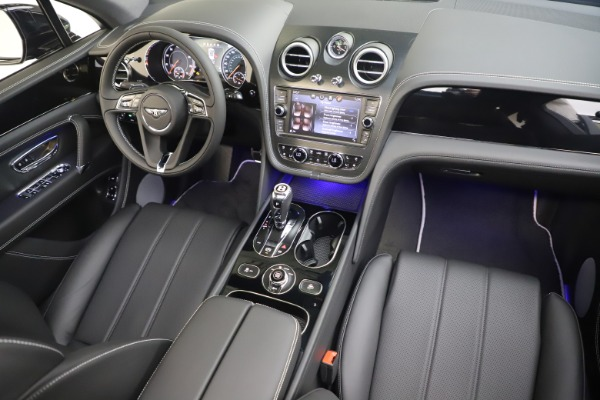 New 2020 Bentley Bentayga V8 for sale Sold at Maserati of Greenwich in Greenwich CT 06830 23
