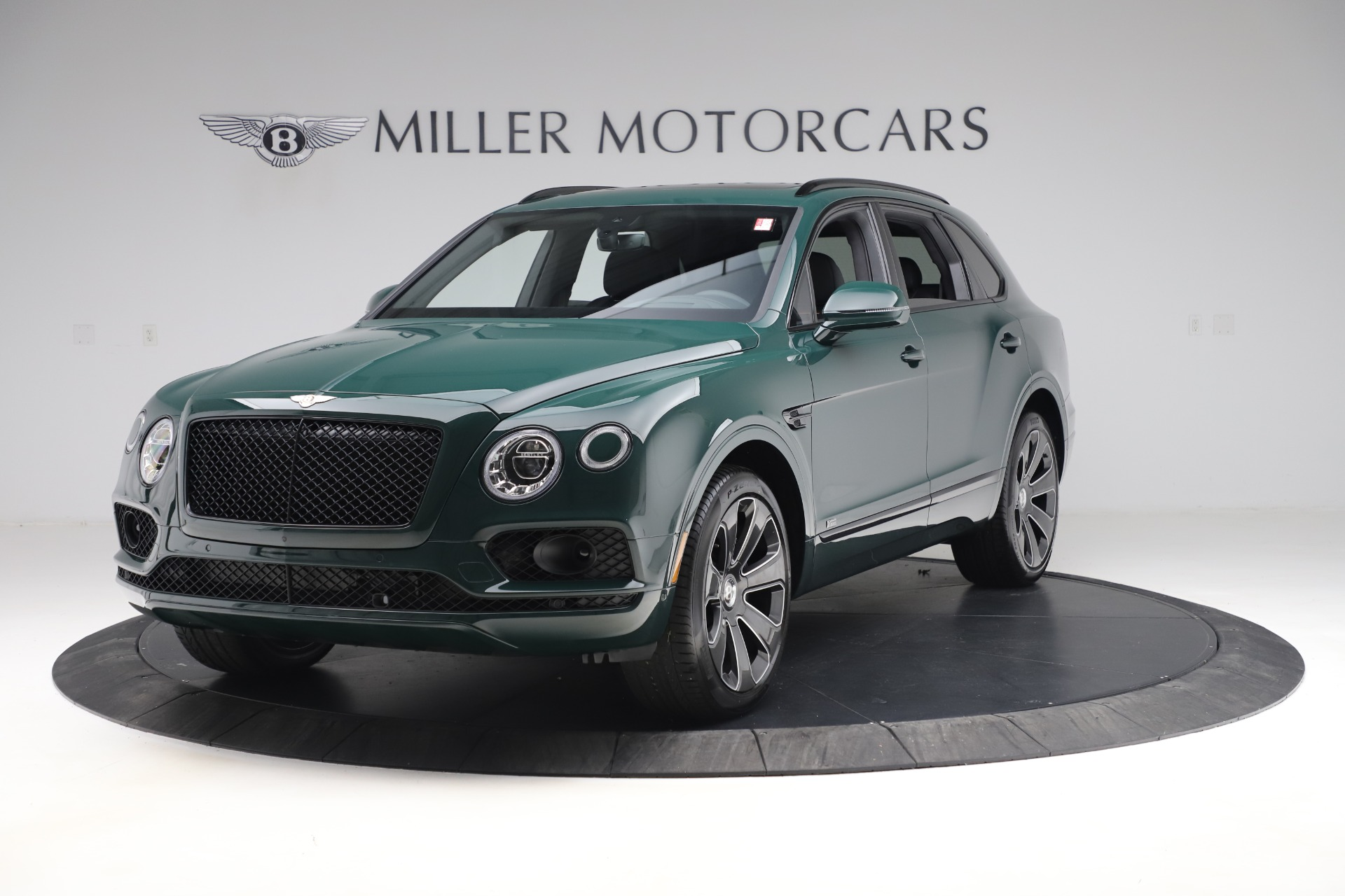 New 2020 Bentley Bentayga V8 Design Series for sale $223,015 at Maserati of Greenwich in Greenwich CT 06830 1