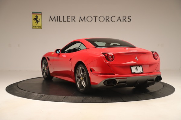 Used 2016 Ferrari California T for sale Sold at Maserati of Greenwich in Greenwich CT 06830 15
