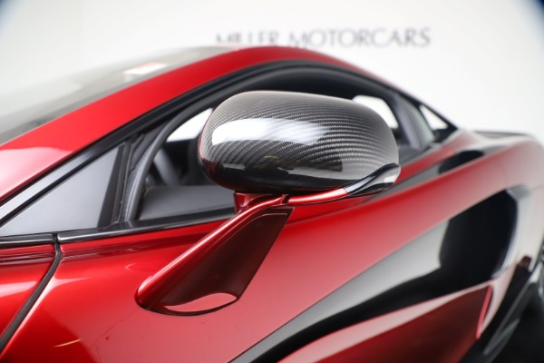 New 2019 McLaren 600LT Luxury for sale $285,236 at Maserati of Greenwich in Greenwich CT 06830 15