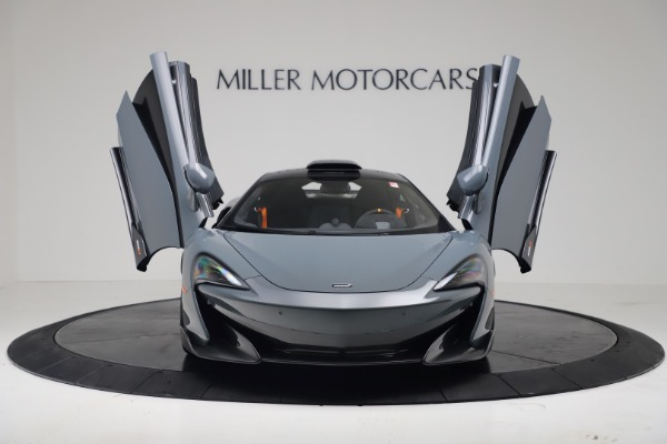 New 2019 McLaren 600LT Coupe for sale $311,619 at Maserati of Greenwich in Greenwich CT 06830 11