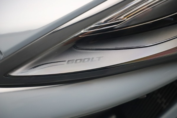Used 2019 McLaren 600LT for sale $279,900 at Maserati of Greenwich in Greenwich CT 06830 14
