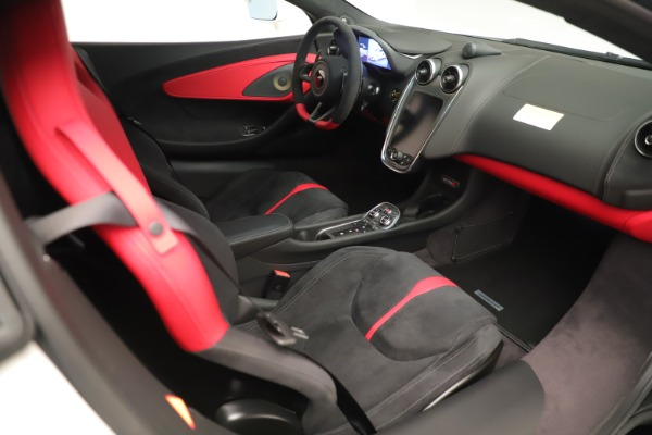 New 2020 McLaren 570S for sale $215,600 at Maserati of Greenwich in Greenwich CT 06830 19